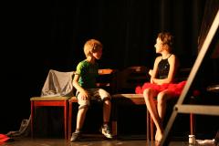 MixFiveŽužuGril: Divadlo ve svačině